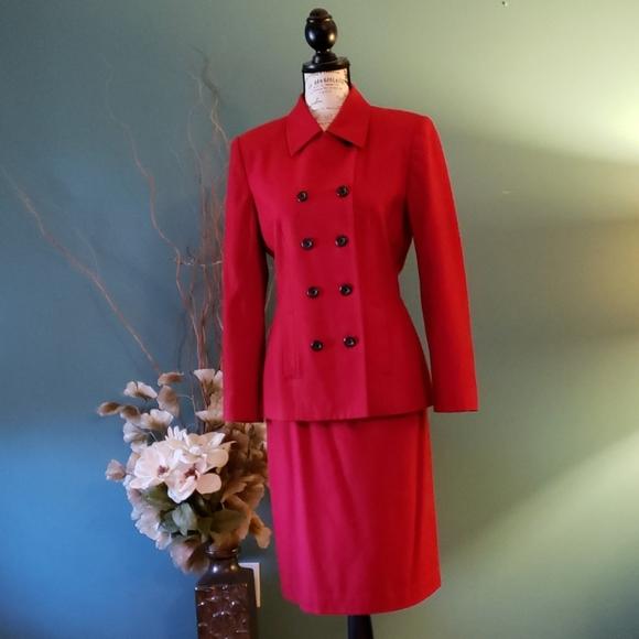 Le Suit Jackets & Blazers - Le Suit Red Double Breasted Skirt Suit Size 6